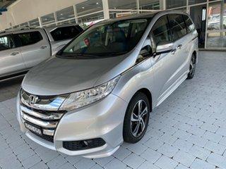 2015 Honda Odyssey VTi-L Super Platinum Constant Variable Wagon.