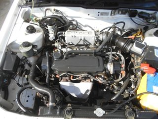 1991 Ford Corsair UA GL White 5 Speed Manual Liftback