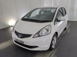 2008 Honda Jazz GE MY09 GLi White 5 Speed Automatic Hatchback.