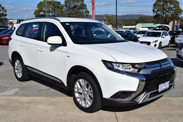 Used Mitsubishi Outlander ZL MY19 ES 2WD Ferntree Gully, 2019 Mitsubishi Outlander ZL MY19 ES 2WD White 6 Speed Constant Variable Wagon