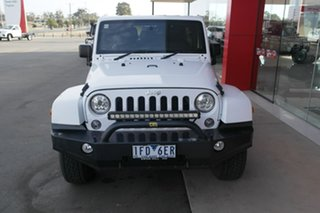 2015 Jeep Wrangler JK MY2015 Overland White 5 Speed Automatic Hardtop.