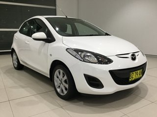 2013 Mazda 2 DE10Y2 MY13 Neo Crystal White Pearl 5 Speed Manual Hatchback.