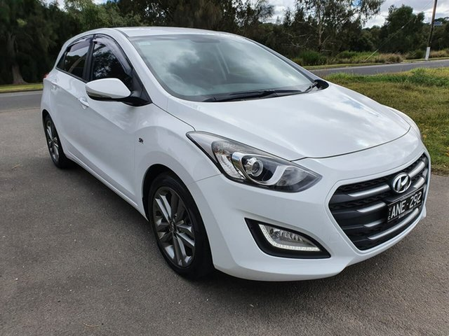 Used Hyundai i30 SR Premium Geelong, 2017 Hyundai i30 GD5 Series II SR Premium White Sports Automatic Hatchback