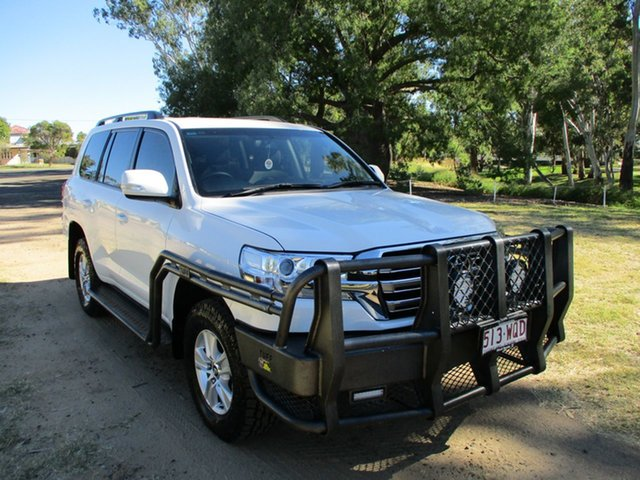 Pre-Owned Toyota Landcruiser VDJ200R MY16 GXL (4x4) Roma, 2016 Toyota Landcruiser VDJ200R MY16 GXL (4x4) Glacier White 6 Speed Automatic Wagon