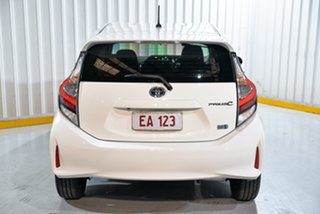 2018 Toyota Prius c NHP10R E-CVT White 1 Speed Constant Variable Hatchback Hybrid