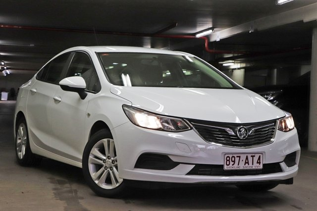 Used Holden Astra BL MY17 LS Toowoomba, 2017 Holden Astra BL MY17 LS White 6 Speed Sports Automatic Sedan