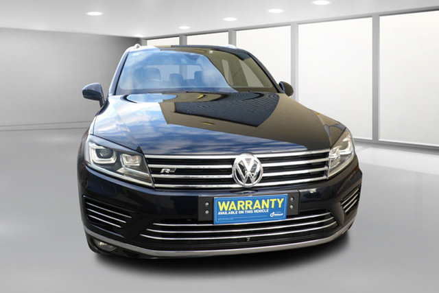 Used Volkswagen Touareg 7P MY16 V8 TDI Tiptronic 4MOTION R-Line West Footscray, 2015 Volkswagen Touareg 7P MY16 V8 TDI Tiptronic 4MOTION R-Line Blue 8 Speed Sports Automatic Wagon