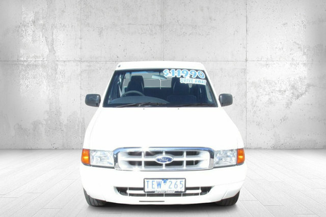 Used Ford Courier PE GL Crew Cab 4x2 Bendigo, 2002 Ford Courier PE GL Crew Cab 4x2 White 5 Speed Manual Cab Chassis