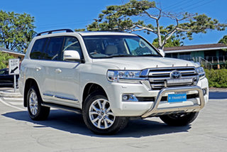 2017 Toyota Landcruiser VDJ200R Sahara White 6 Speed Sports Automatic Wagon.