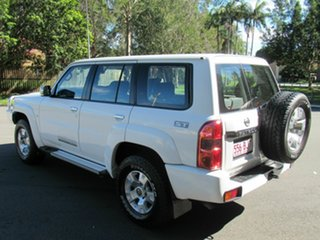 2015 Nissan Patrol Y61 GU 10 ST White 5 Speed Manual Wagon.