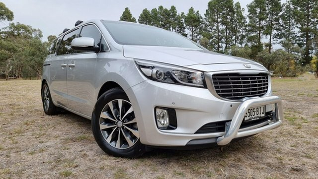 Used Kia Carnival YP MY15 SLi Nuriootpa, 2015 Kia Carnival YP MY15 SLi Clear Silver 6 Speed Sports Automatic Wagon