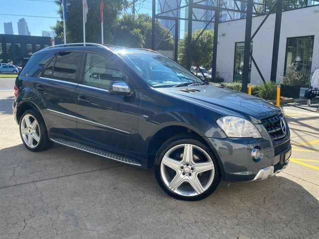 Used Mercedes-Benz M-Class W164 MY10 ML300 CDI BlueEFFICIENCY AMG Sports South Melbourne, 2010 Mercedes-Benz M-Class W164 MY10 ML300 CDI BlueEFFICIENCY AMG Sports Grey 7 Speed