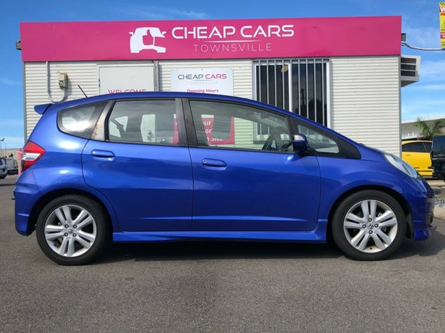 Used Honda Jazz Vibe-S Garbutt, 2014 Honda Jazz Vibe-S Blue 5 Speed Automatic Hatchback
