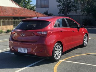 2013 Hyundai i30 GD2 Active Red 6 Speed Sports Automatic Hatchback.