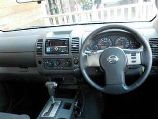 2007 Nissan Navara D40 ST-X 4x2 White 5 Speed Automatic Utility