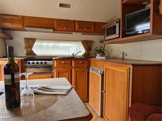 2006 Coromal Princeton Caravan