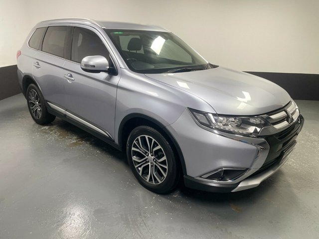 Used Mitsubishi Outlander ZK MY17 LS 2WD Safety Pack Hamilton, 2016 Mitsubishi Outlander ZK MY17 LS 2WD Safety Pack Silver 6 Speed Constant Variable Wagon