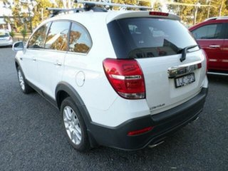 2017 Holden Captiva CG MY17 Active 7 Seater White 6 Speed Automatic Wagon.