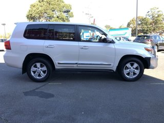 2014 Toyota Landcruiser VDJ200R MY13 Sahara Crystal Pearl 6 Speed Sports Automatic Wagon.