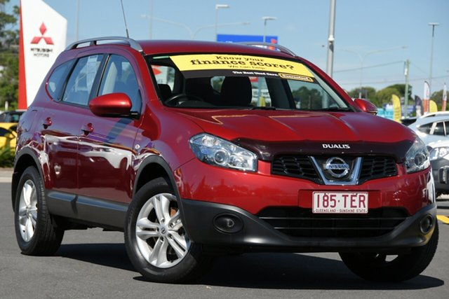 Used Nissan Dualis J107 Series 4 MY13 +2 Hatch X-tronic 2WD ST Aspley, 2013 Nissan Dualis J107 Series 4 MY13 +2 Hatch X-tronic 2WD ST Red 6 Speed Constant Variable