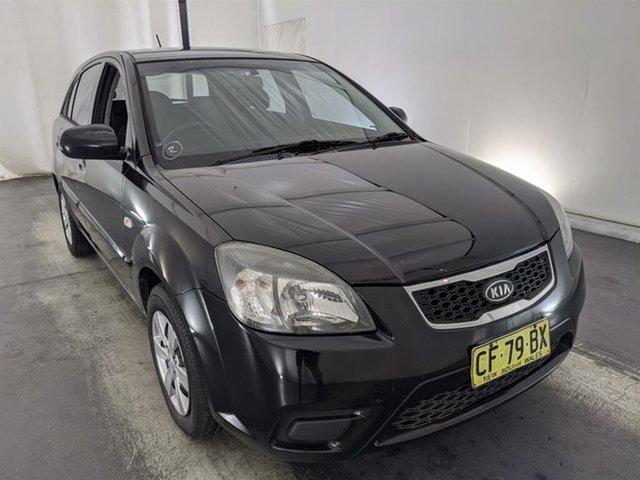 Used Kia Rio UB MY12 SI Maryville, 2011 Kia Rio UB MY12 SI Black 6 Speed Manual Hatchback