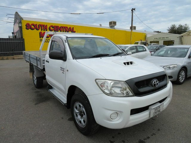 Used Toyota Hilux KUN26R 08 Upgrade SR (4x4) Morphett Vale, 2009 Toyota Hilux KUN26R 08 Upgrade SR (4x4) White 4 Speed Automatic Cab Chassis