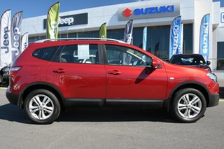 2013 Nissan Dualis J107 Series 4 MY13 +2 Hatch X-tronic 2WD ST Red 6 Speed Constant Variable.