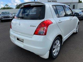 2009 Suzuki Swift EZ 07 Update White 5 Speed Manual Hatchback.