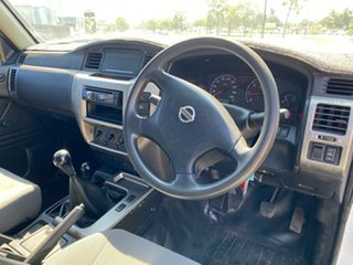 2006 Nissan Patrol GU IV MY05 DX White 5 Speed Manual Wagon