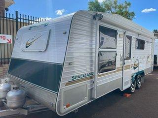 2011 Spaceland Caravans Deluxe Caravan.