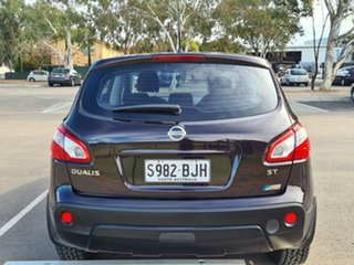 2013 Nissan Dualis J10W Series 4 MY13 ST Hatch X-tronic 2WD Purple 6 Speed Constant Variable