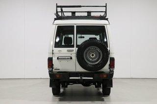 2005 Toyota Landcruiser HZJ78R (4x4) 11 Seat White 5 Speed Manual 4x4 TroopCarrier