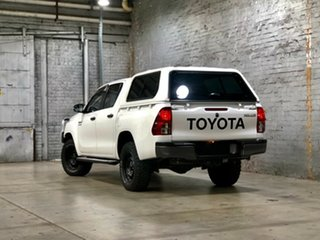 2017 Toyota Hilux GGN125R SR Double Cab White 6 Speed Sports Automatic Utility