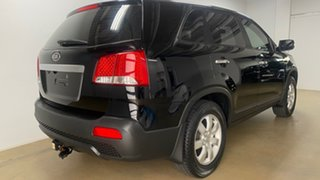 2010 Kia Sorento XM SI (4x2) Black 6 Speed Automatic Wagon.