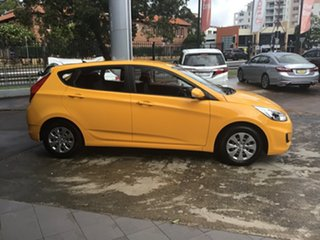 2016 Hyundai Accent RB4 MY16 Active Yellow 6 Speed Constant Variable Hatchback.