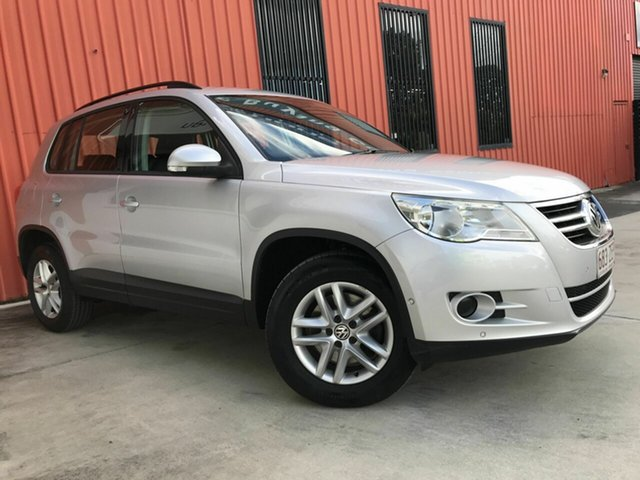 Used Volkswagen Tiguan 5N MY09 103TDI 4MOTION Molendinar, 2009 Volkswagen Tiguan 5N MY09 103TDI 4MOTION Silver 6 Speed Sports Automatic Wagon