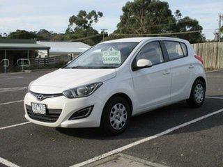 2015 Hyundai i20 PB Active White Automatic Hatchback.