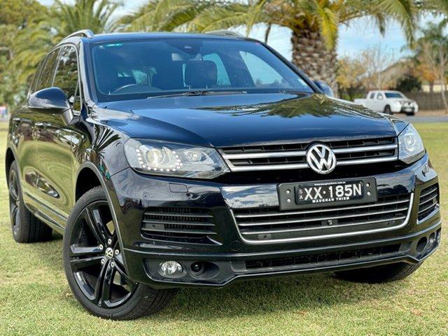 Used Volkswagen Touareg 7P MY14 V8 TDI Tiptronic 4MOTION R-Line Cheltenham, 2014 Volkswagen Touareg 7P MY14 V8 TDI Tiptronic 4MOTION R-Line Black/Grey 8 Speed Sports Automatic
