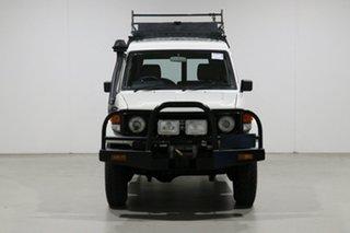 2005 Toyota Landcruiser HZJ78R (4x4) 11 Seat White 5 Speed Manual 4x4 TroopCarrier.