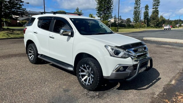 Used Isuzu MU-X MY18 LS-U Rev-Tronic Port Macquarie, 2018 Isuzu MU-X MY18 LS-U Rev-Tronic White 6 Speed Sports Automatic Wagon