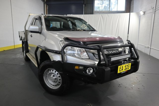 Used Isuzu D-MAX MY14 SX Space Cab Castle Hill, 2013 Isuzu D-MAX MY14 SX Space Cab Silver 5 Speed Sports Automatic Cab Chassis