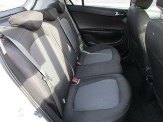 2015 Hyundai i20 PB Active White Automatic Hatchback