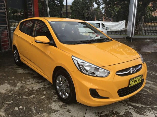 Used Hyundai Accent RB4 MY16 Active Hornsby, 2016 Hyundai Accent RB4 MY16 Active Yellow 6 Speed Constant Variable Hatchback