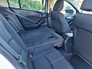 2017 Mazda 3 Maxx White 6 Speed Automatic Hatchback