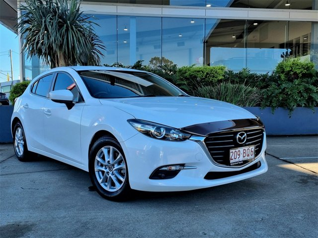 Used Mazda 3 Beaudesert, 2017 Mazda 3 Maxx White 6 Speed Automatic Hatchback