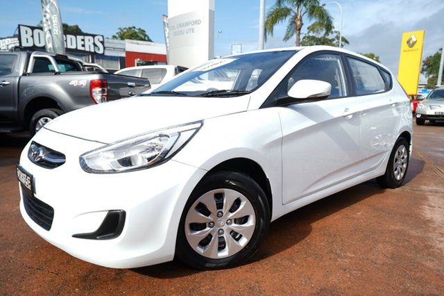 Used Hyundai Accent RB4 MY17 Active Brookvale, 2016 Hyundai Accent RB4 MY17 Active White 6 Speed CVT Auto Sequential Hatchback
