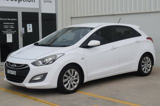 2014 Hyundai i30 GD2 Active White 6 Speed Manual Hatchback.