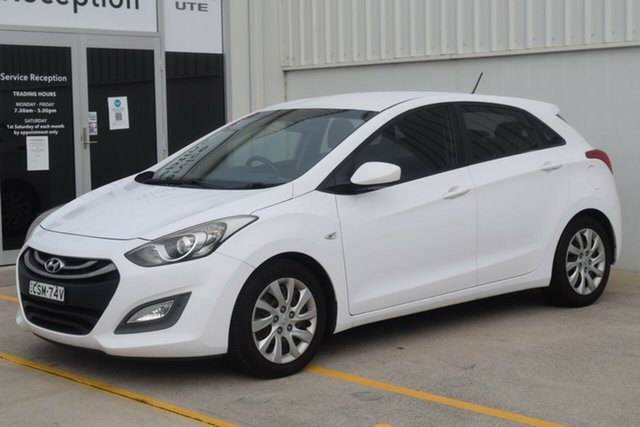 Used Hyundai i30 GD2 Active Rutherford, 2014 Hyundai i30 GD2 Active White 6 Speed Manual Hatchback