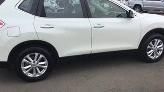 2014 Nissan X-Trail T32 ST 2WD White 6 Speed Manual Wagon.
