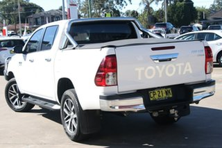 2017 Toyota Hilux GUN126R 4x4 Glacier White 6 Speed Automatic Dual Cab Chassis.